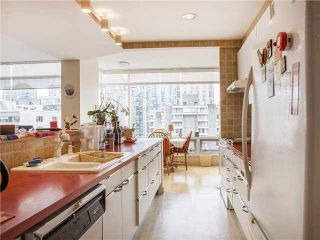 """Photo 8: 15B 1500 ALBERNI Street in Vancouver: West End VW Condo for sale in """"1500 ALBERNI"""" (Vancouver West)  : MLS®# V1128543"""