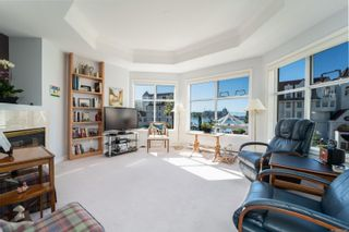Photo 3: 210 165 Kimta Rd in : VW Songhees Condo for sale (Victoria West)  : MLS®# 857190