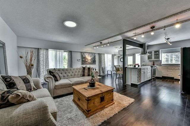 Main Photo: 16366 96 AVENUE in : Fleetwood Tynehead House for sale : MLS®# R2121064