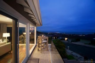 Photo 7: LA JOLLA House for sale : 5 bedrooms : 5459 Moonlight Lane
