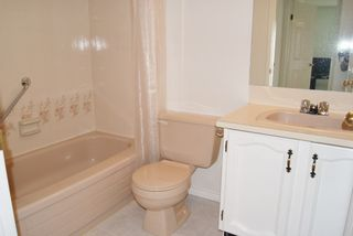 """Photo 15: 5 9253 122 Street in Surrey: Queen Mary Park Surrey Townhouse for sale in """"Kensington Gate"""" : MLS®# R2162184"""