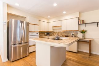 """Photo 6: 6959 MARINE Drive in West Vancouver: Whytecliff House for sale in """"Whytecliff"""" : MLS®# R2566286"""