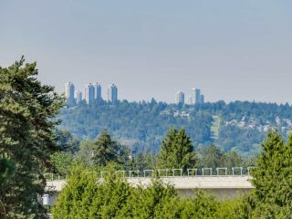 "Photo 6: 411 522 SMITH Avenue in Coquitlam: Coquitlam West Condo for sale in ""THE SEDONA"" : MLS®# R2075894"