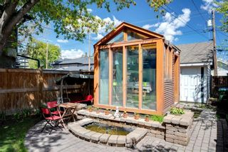 Photo 4: 122 11 Avenue NW in Calgary: Crescent Heights Detached for sale : MLS®# C4298001