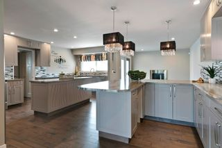 Photo 6: 2422 106A Street in Edmonton: Zone 16 House for sale : MLS®# E4254507