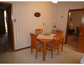 Photo 5: 68 WEINBERG Road in WINNIPEG: West Kildonan / Garden City Residential for sale (North West Winnipeg)  : MLS®# 2919766