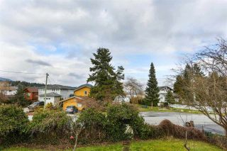 Photo 8: 665 BAY Road in Gibsons: Gibsons & Area House for sale (Sunshine Coast)  : MLS®# R2575309