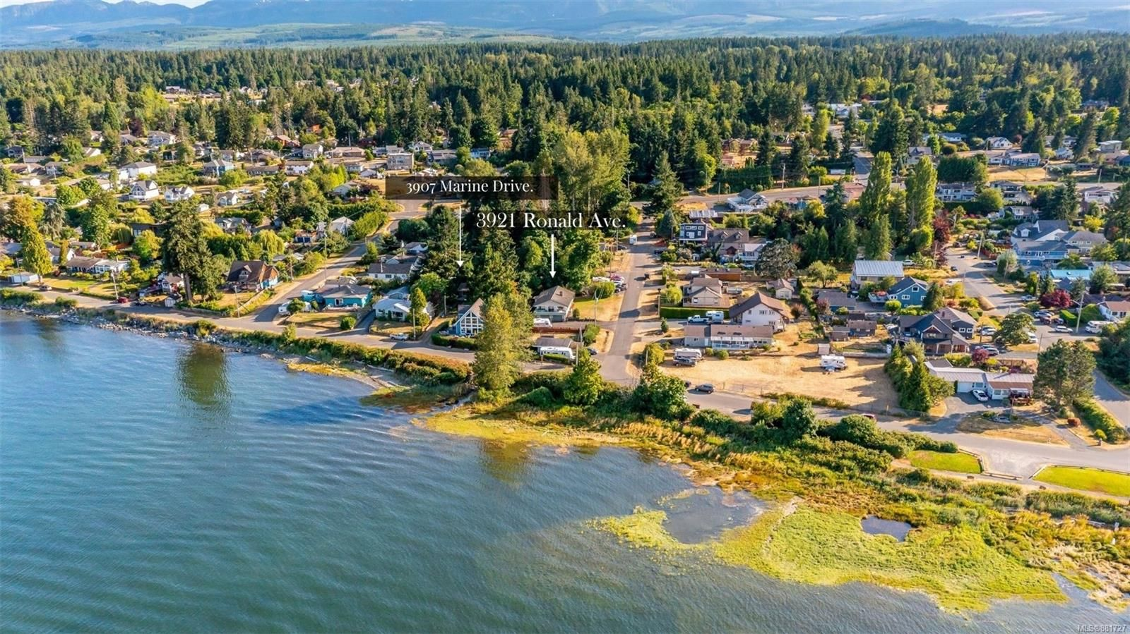 Main Photo: 3921 Ronald Ave in Royston: CV Courtenay South House for sale (Comox Valley)  : MLS®# 881727