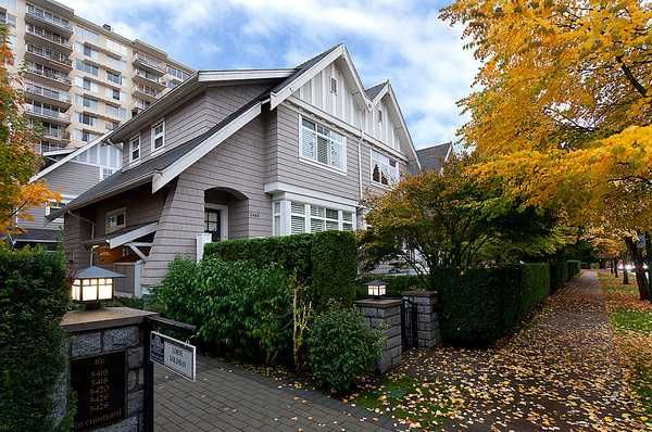 Main Photo: 5466 LARCH Street in Vancouver: Kerrisdale Condo for sale (Vancouver West)  : MLS®# V918064