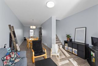 Photo 9: 3529 69 Street NW in Calgary: Bowness Row/Townhouse for sale : MLS®# A1090190