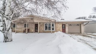 Main Photo: 86 POPLAR Crescent in Steinbach: Woodlawn Residential for sale (R16)  : MLS®# 202001884