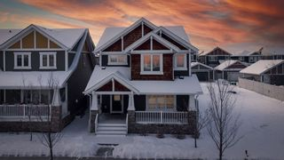 Photo 1: 5208 ADMIRAL WALTER HOSE Street in Edmonton: Zone 27 House for sale : MLS®# E4226677