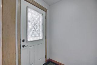 Photo 3: 4527 26 Avenue SE in Calgary: Dover Semi Detached for sale : MLS®# A1105139