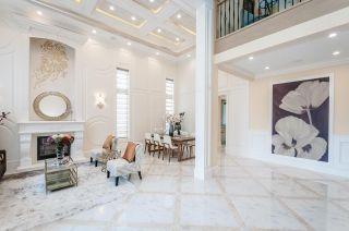 Photo 2: 8751 CARMICHAEL Street in Richmond: Broadmoor House for sale : MLS®# R2510446