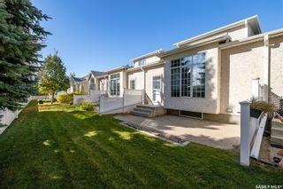 Photo 2: 438 Perehudoff Crescent in Saskatoon: Erindale Residential for sale : MLS®# SK871447