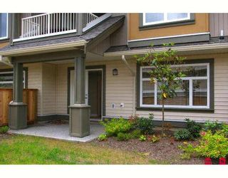 """Photo 2: 17 5623 TESKEY Way in Sardis: Promontory Townhouse for sale in """"WISTERIA HEIGHTS"""" : MLS®# H2902507"""