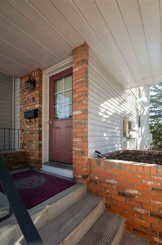 Photo 2: 6 3906 19 Avenue SW in Calgary: Glendale Row/Townhouse for sale : MLS®# C4236704