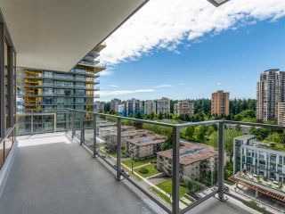 """Photo 4: 1106 6383 MCKAY Avenue in Burnaby: Metrotown Condo for sale in """"Gold House North Tower"""" (Burnaby South)  : MLS®# R2489328"""