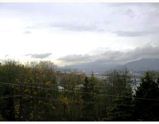 Photo 10: 275 N GAMMA Avenue in Burnaby: Capitol Hill BN House for sale (Burnaby North)  : MLS®# V756260