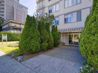 "Photo 19: 905 1250 BURNABY Street in Vancouver: West End VW Condo for sale in ""The Horizon"" (Vancouver West)  : MLS®# R2525918"