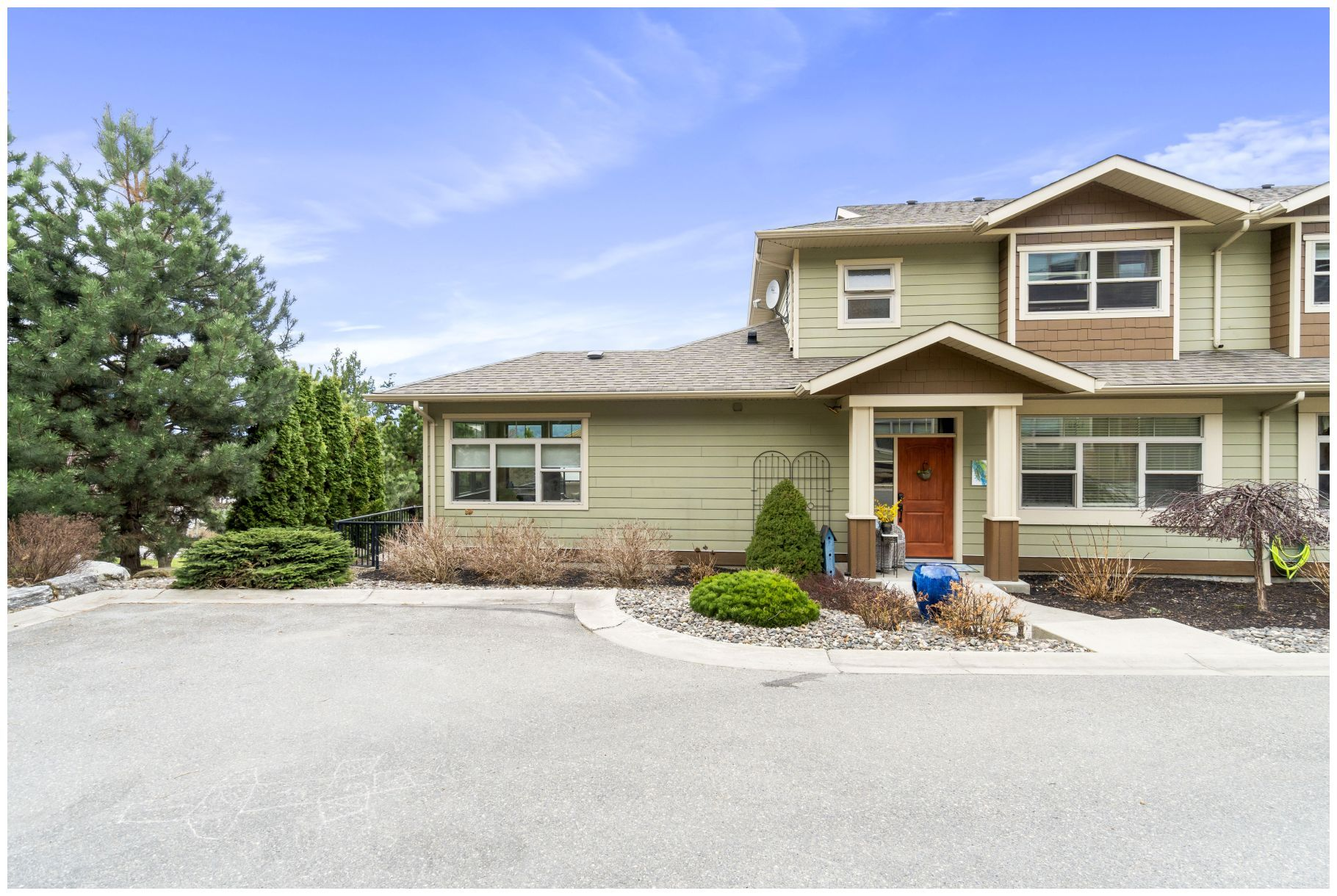 Main Photo: 4310 Northeast 14 Street in Salmon Arm: Raven Sub-Div House for sale : MLS®# 10229051