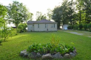 Photo 3: 149 Campbell Beach Road in Kawartha Lakes: Kirkfield House (Bungalow) for sale : MLS®# X4542365
