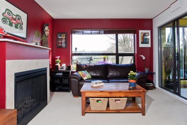 "Photo 4: Photos: 302 997 W 22ND Avenue in Vancouver: Cambie Condo for sale in ""THE CRESCENT"" (Vancouver West)  : MLS®# V873146"