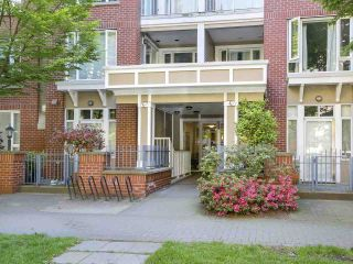 """Photo 12: 112 2628 YEW Street in Vancouver: Kitsilano Condo for sale in """"Connaught Place"""" (Vancouver West)  : MLS®# R2171360"""
