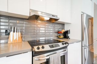 """Photo 9: 8 8138 204 Street in Langley: Willoughby Heights Townhouse for sale in """"Ashbury and Oak"""" : MLS®# R2507978"""