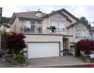 """Photo 1: 10 8590 SUNRISE Drive in Chilliwack: Chilliwack Mountain Townhouse for sale in """"MAPLE HILLS"""" : MLS®# H2702548"""