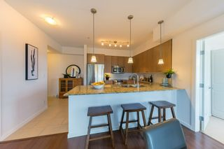 "Photo 11: 305 275 ROSS Drive in New Westminster: Fraserview NW Condo for sale in ""The Grove at Victoria Hill"" : MLS®# R2479209"