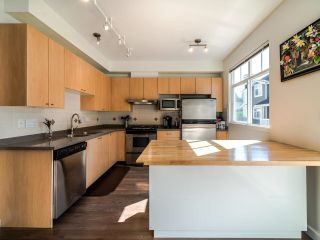 Photo 11: 7111 MONT ROYAL SQUARE in Vancouver: Champlain Heights Townhouse for sale (Vancouver East)  : MLS®# R2611026