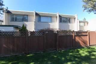 "Photo 19: 12 4959 57 Street in Delta: Hawthorne Townhouse for sale in ""OASIS"" (Ladner)  : MLS®# R2248361"