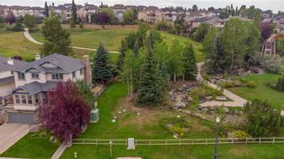 Photo 2: 63 Springbluff Boulevard SW in Calgary: Springbank Hill Detached for sale : MLS®# A1131940