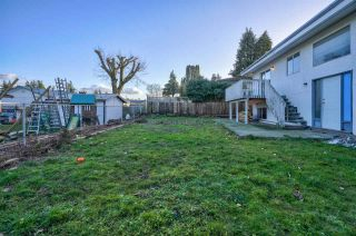 """Photo 27: 2098 LONSDALE Crescent in Abbotsford: Abbotsford West House for sale in """"RES S OF SFW & W OF GLADW"""" : MLS®# R2528993"""