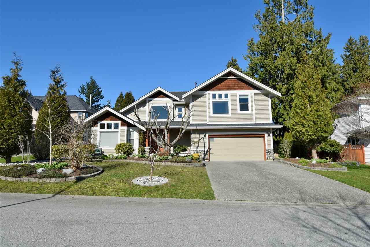 Main Photo: 1970 158A Street in Surrey: King George Corridor House for sale (South Surrey White Rock)  : MLS®# R2444487