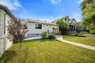 Photo 2: 3212 4A Street NW in Calgary: Mount Pleasant Detached for sale : MLS®# A1131998