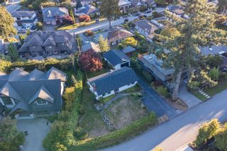 Photo 35: 965 BEAUMONT Drive in North Vancouver: Edgemont House for sale : MLS®# R2624946