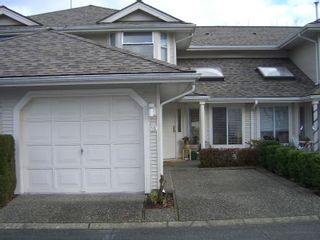 "Photo 1: 19 9045 WALNUT GROVE Drive in Langley: Walnut Grove Townhouse for sale in ""Bridle Woods"" : MLS®# F2729844"
