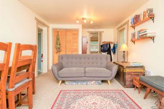 """Photo 11: 946 E 24TH Avenue in Vancouver: Fraser VE House for sale in """"FRASER"""" (Vancouver East)  : MLS®# R2405717"""