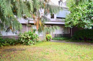 """Photo 4: 2208 KELLY Avenue in Port Coquitlam: Central Pt Coquitlam House for sale in """"Central Port Coquitlam"""" : MLS®# R2511180"""