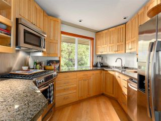 Photo 7: 2555 JURA Crescent in Squamish: Garibaldi Highlands House for sale : MLS®# R2176752