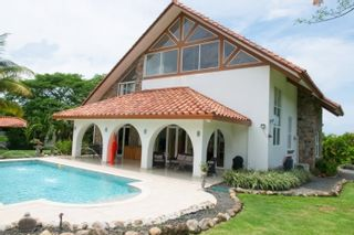 Photo 2: Beautiful Home for Sale in Panama