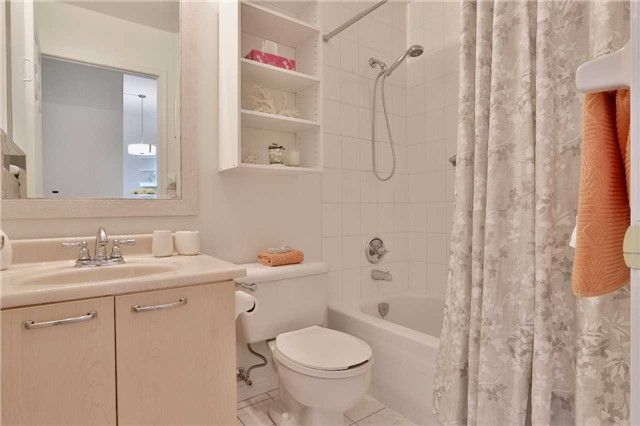 Photo 8: Photos: 301 600 E Eglinton Avenue in Toronto: Mount Pleasant East Condo for sale (Toronto C10)  : MLS®# C3815642