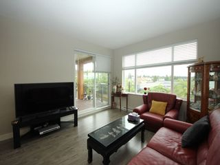 "Photo 3: 2407 963 CHARLAND Avenue in Coquitlam: Central Coquitlam Condo for sale in ""CHARLAND"" : MLS®# R2305775"