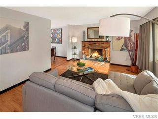 Photo 2: 417 Atkins Ave in VICTORIA: La Atkins House for sale (Langford)  : MLS®# 742888