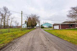 """Photo 2: 21377 CRUSH Crescent in Langley: Willoughby Heights House for sale in """"Milner Farmland"""" : MLS®# R2424924"""