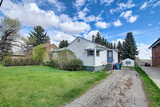 Photo 3: 606 30 Avenue NE in Calgary: Winston Heights/Mountview Detached for sale : MLS®# A1106837