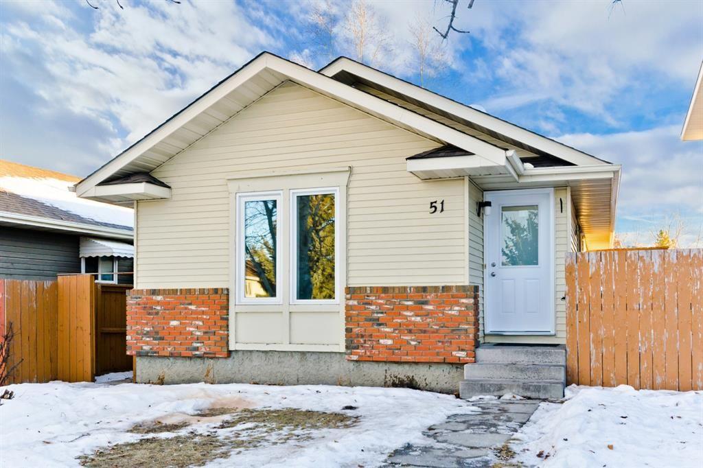 Main Photo: 51 Shawglen Way SW in Calgary: Shawnessy Detached for sale : MLS®# A1061249