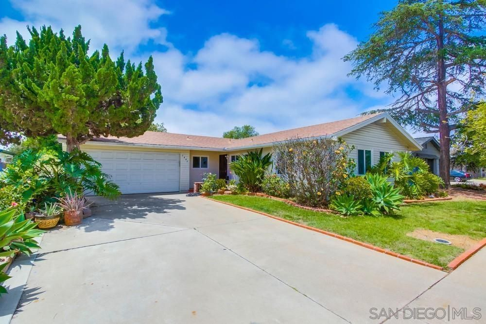Main Photo: CLAIREMONT House for sale : 3 bedrooms : 2981 Massasoit Ave in San Diego